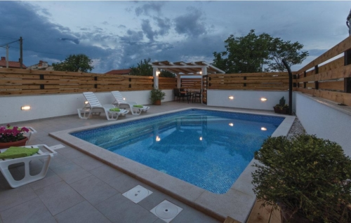 Holiday Home Denis 4
