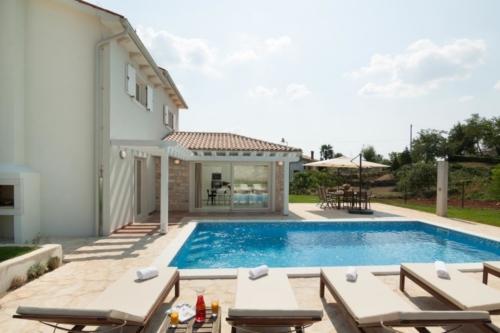 Villa Novena 2